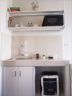 Condominium Bed and Rooms for Rent in Makati City Interior decorations for the units are for staging purposes only. Point Blue is not responsible for providing any furniture, items, or goods as displayed in the photos unless otherwise stated.